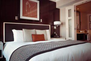mimpi hotel