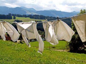mimpi mencuci pakaian