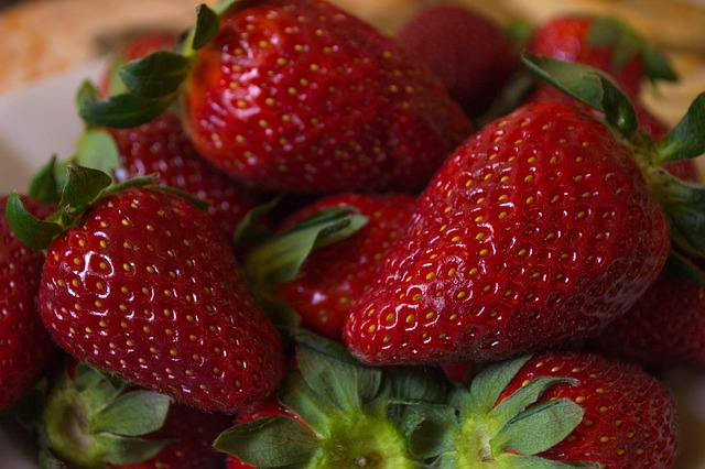 mimpi buah strawberry