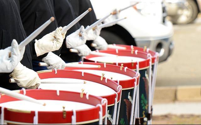 arti mimpi drum