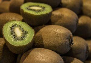 mimpi buah kiwi