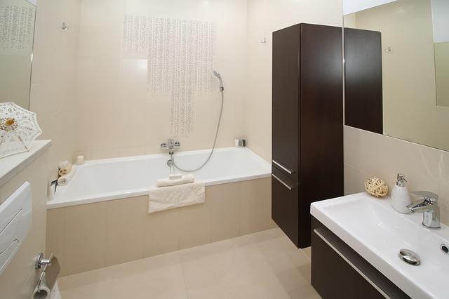 mimpi kamar mandi